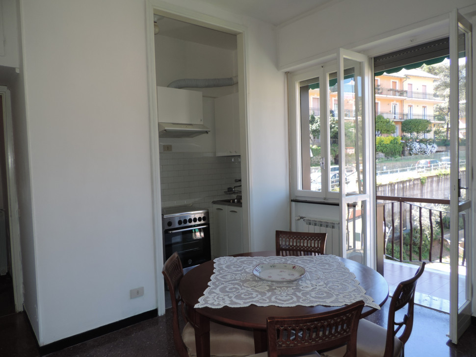 Bilocale Santa Margherita Ligure Via Pastine 3