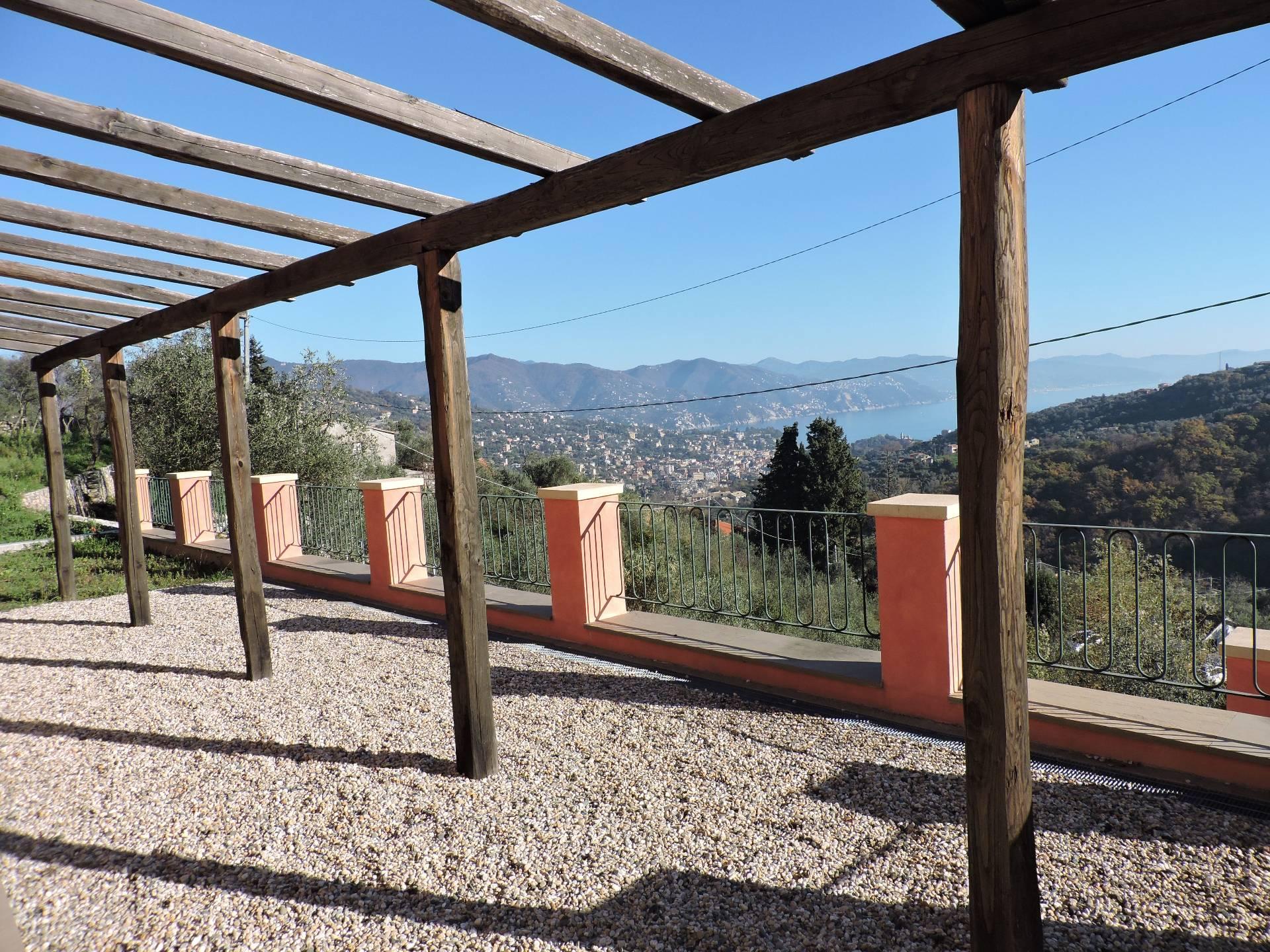 Soluzione Indipendente in affitto a Santa Margherita Ligure, 5 locali, zona Località: SanLorenzodellaCosta, prezzo € 1.400 | CambioCasa.it