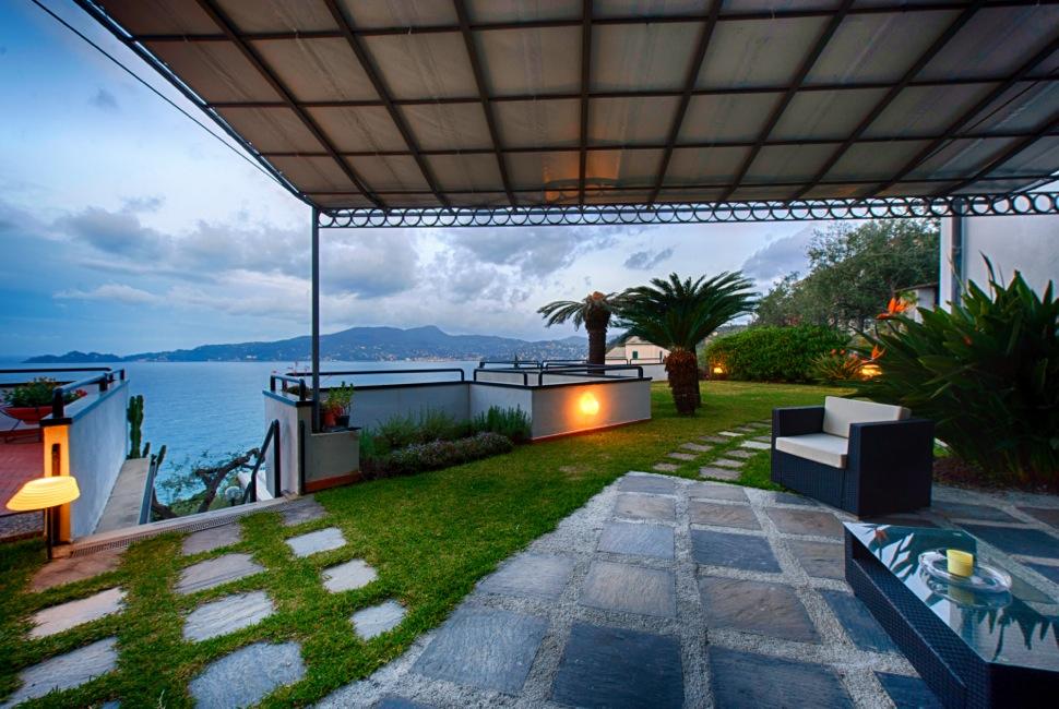 Villa in vendita a Zoagli, 16 locali, prezzo € 4.500.000 | CambioCasa.it