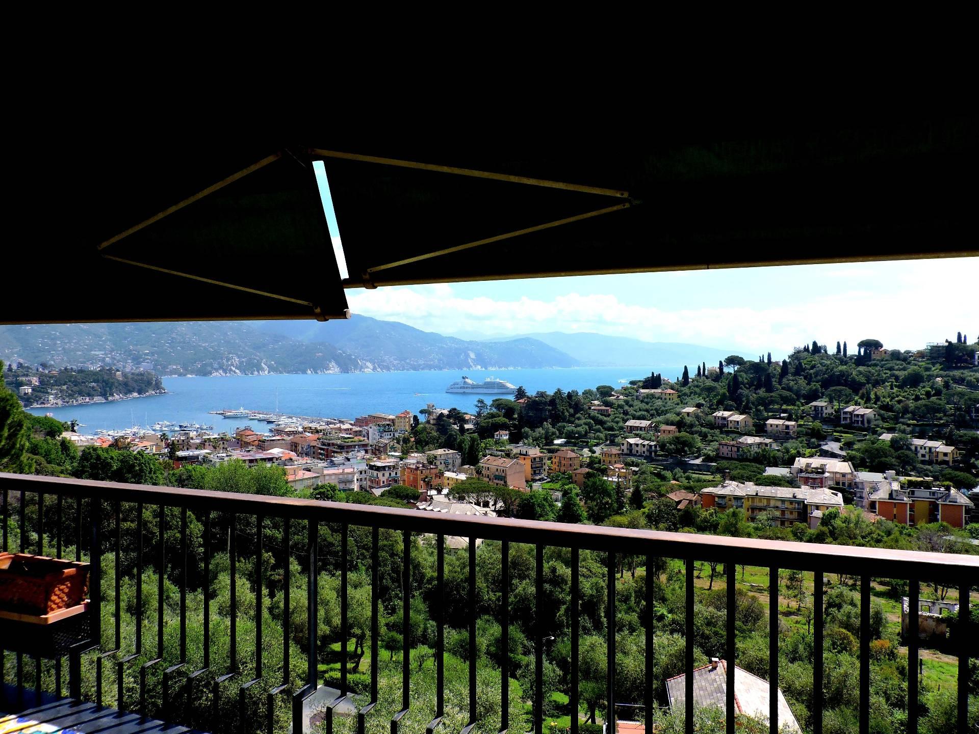 Appartamento in affitto a Santa Margherita Ligure, 5 locali, prezzo € 2.500 | CambioCasa.it