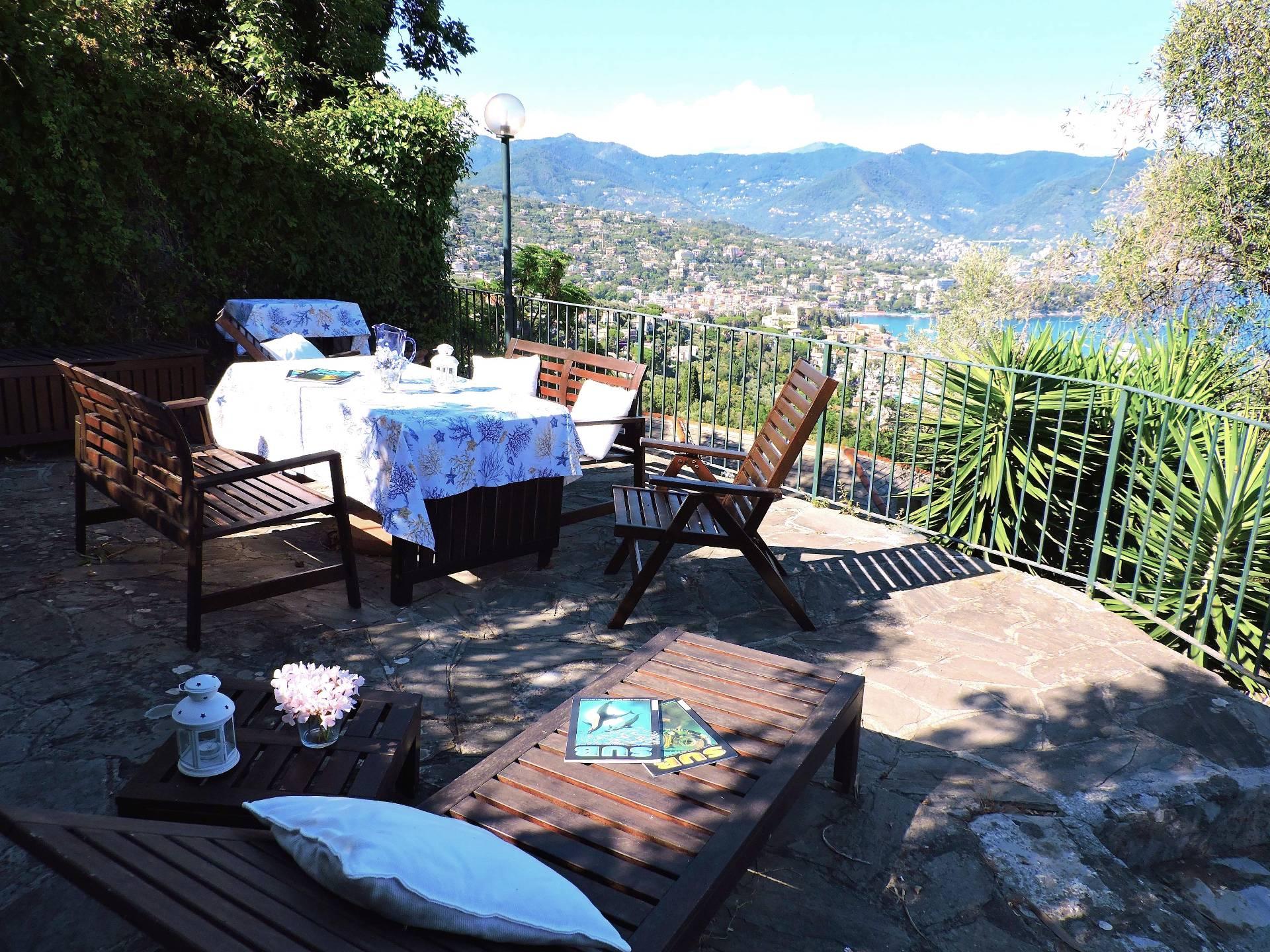 Soluzione Semindipendente in affitto a Santa Margherita Ligure, 3 locali, zona Zona: Nozarego, prezzo € 1.000   CambioCasa.it