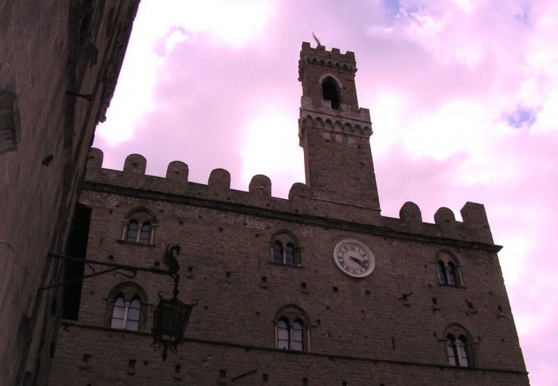 Soluzione Indipendente in vendita a Volterra, 24 locali, zona Località: ZonaPanoramica, Trattative riservate | Cambio Casa.it