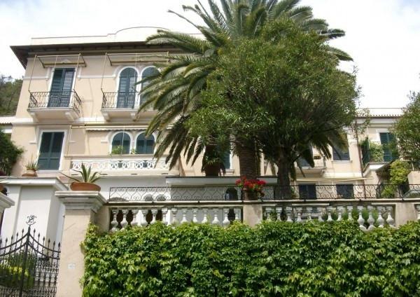 Appartamento in vendita a Levanto, 3 locali, prezzo € 300.000 | CambioCasa.it