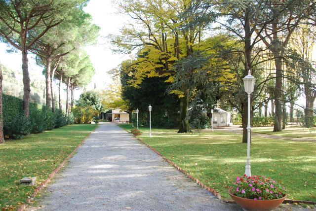 Villa in vendita a Vicopisano, 8 locali, zona Località: UlivetoTerme, prezzo € 300.000 | CambioCasa.it