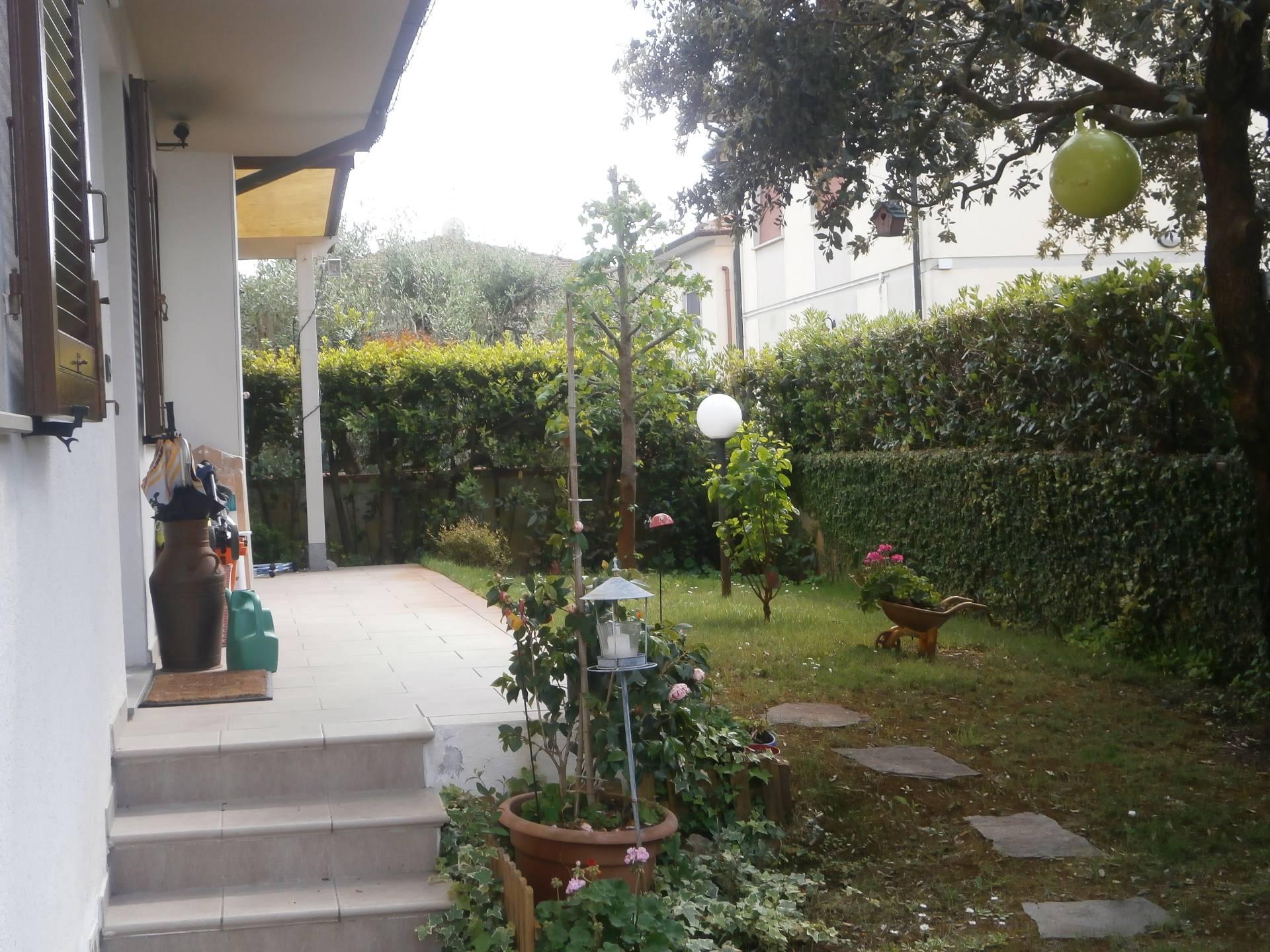 Villa in vendita a San Giuliano Terme, 5 locali, zona Zona: Arena-Metato, prezzo € 380.000 | CambioCasa.it