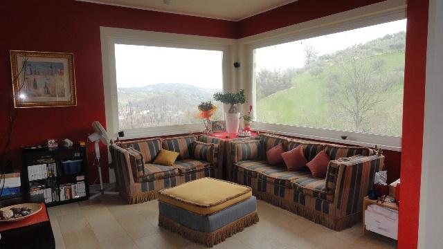Villa in vendita a Teramo, 9 locali, zona Zona: Tordinia, prezzo € 460.000 | Cambio Casa.it