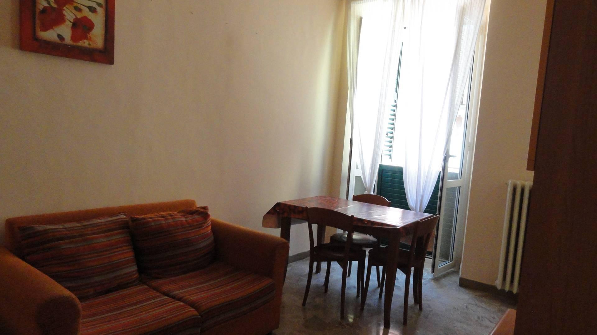 Appartamento in affitto a Teramo, 4 locali, zona Località: CentroStorico, prezzo € 430 | CambioCasa.it