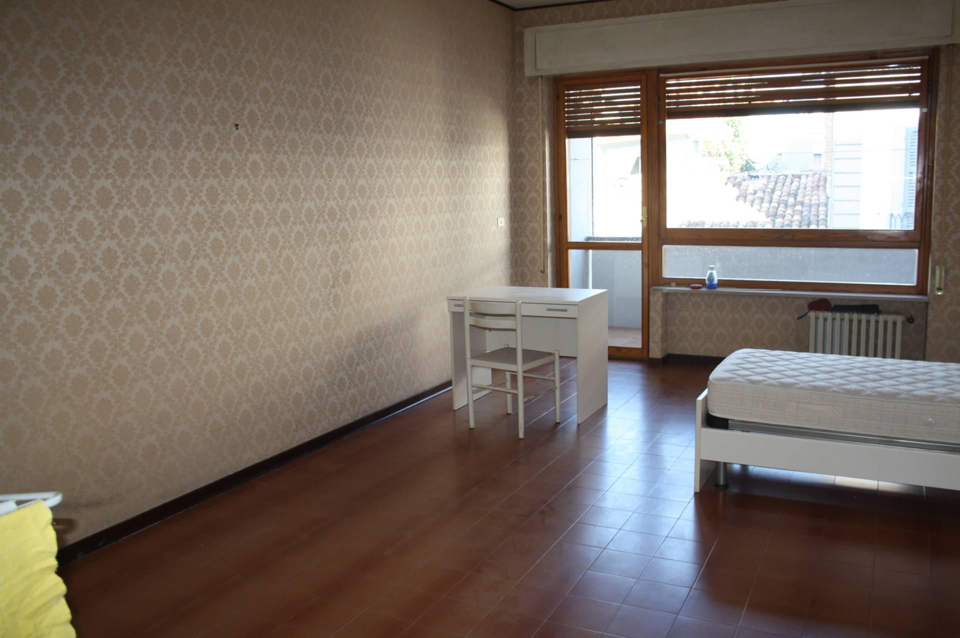 Appartamento in affitto a Teramo, 4 locali, zona Zona: Centro , prezzo € 155   CambioCasa.it