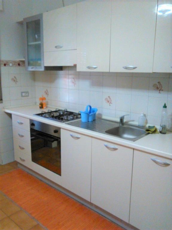 Appartamento in affitto a Teramo, 5 locali, zona Località: VialeCrucioli, prezzo € 570 | CambioCasa.it