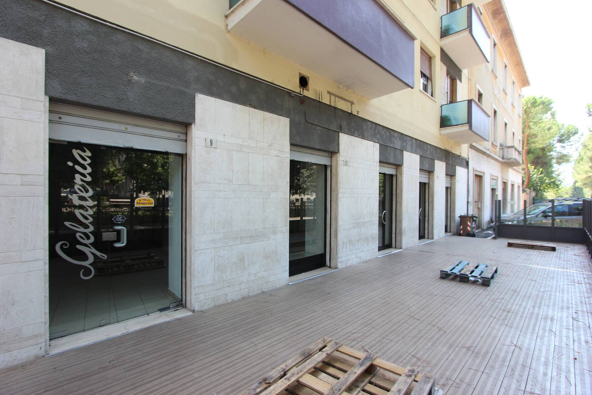 Altro in vendita a Teramo, 9999 locali, zona Località: VialeMazzini, prezzo € 305.000 | CambioCasa.it