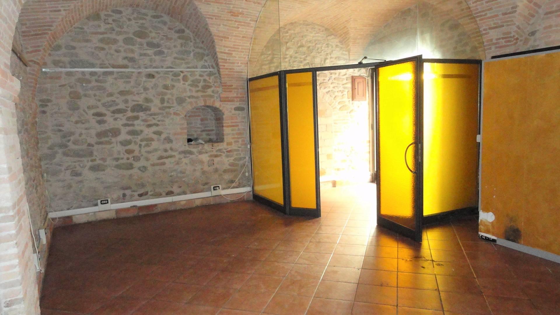 Altro in affitto a Teramo, 9999 locali, zona Località: CentroStorico, prezzo € 400 | CambioCasa.it