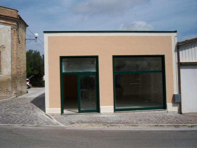 Altro in affitto a Nereto, 9999 locali, zona Zona: Vibrata, Trattative riservate   CambioCasa.it