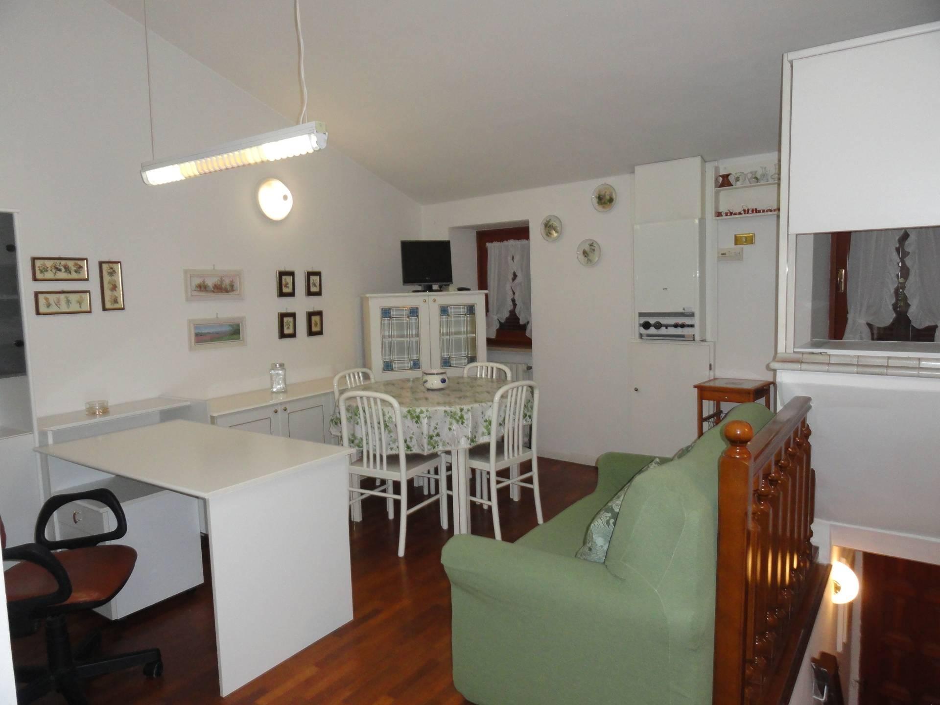 Appartamento in affitto a Teramo, 2 locali, zona Località: CentroStorico, prezzo € 380 | CambioCasa.it