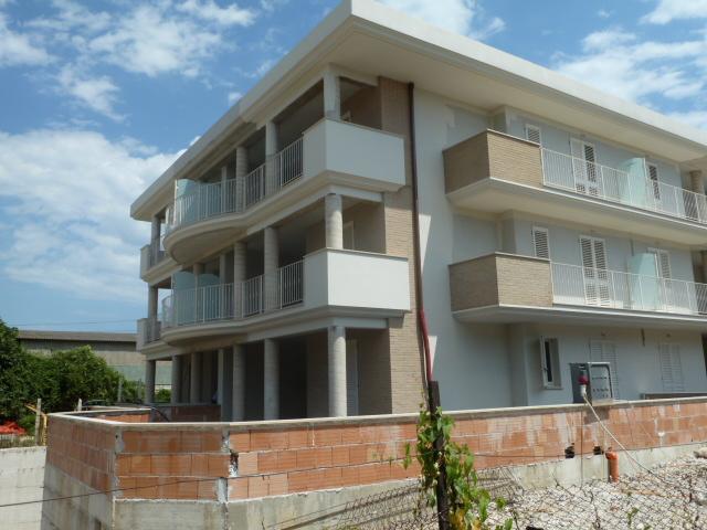 Appartamento in vendita a Cupra Marittima, 2 locali, prezzo € 205.000   Cambiocasa.it