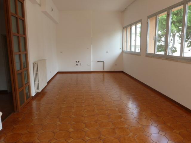 Affitto Appartamento San Benedetto del Tronto 3 105 M� 550 €