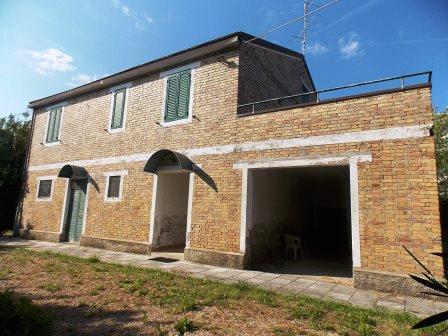 Vendita Casa Indipendente Offida 8 430 M� 350.000 €