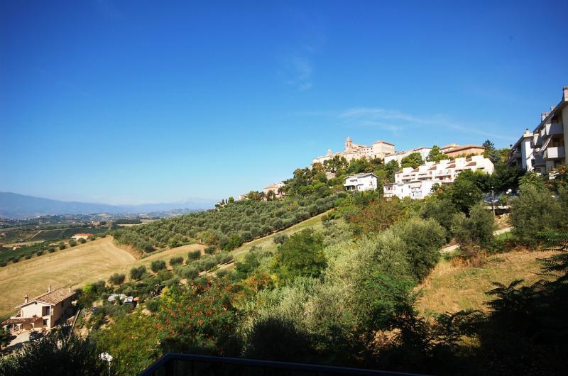 Bilocale Monteprandone Via Monterone 8