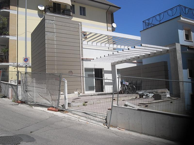Villa in vendita a San Benedetto del Tronto, 6 locali, zona Località: zonaAscolani, prezzo € 295.000 | Cambio Casa.it