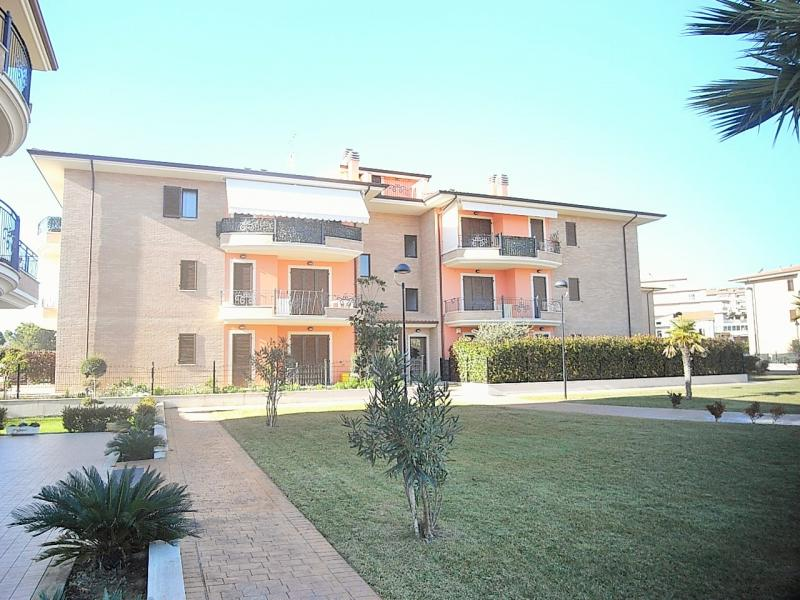 Appartamento in vendita a Monsampolo del Tronto, 3 locali, zona Località: StelladiMonsampolo, prezzo € 105.000 | CambioCasa.it