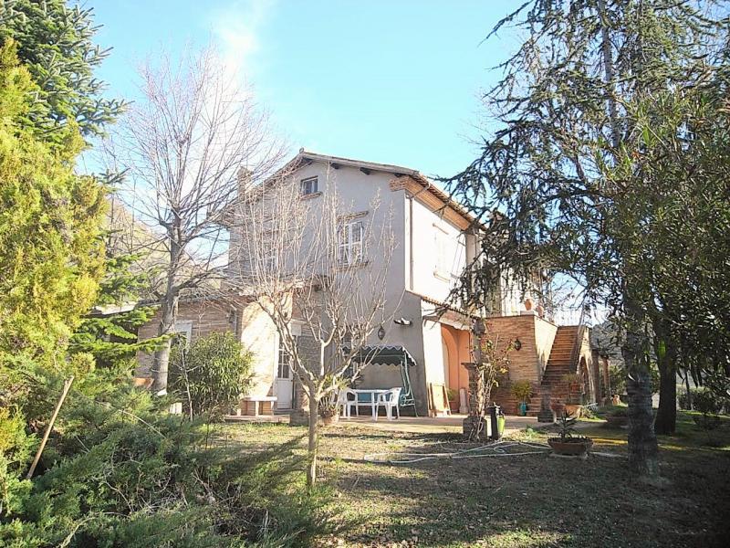 Villa in vendita a Monteprandone, 6 locali, prezzo € 650.000 | CambioCasa.it