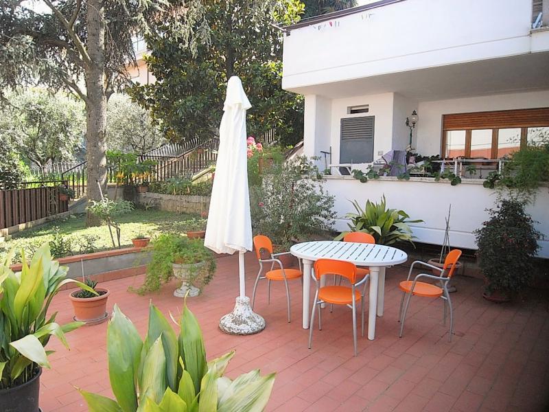 Villa in vendita a San Benedetto del Tronto, 10 locali, zona Località: zonacerboni, prezzo € 550.000 | Cambio Casa.it