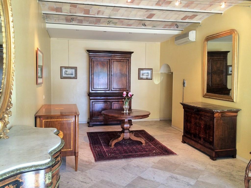 Negozio / Locale in vendita a San Benedetto del Tronto, 9999 locali, zona Località: zonaCentrale, prezzo € 248.000 | CambioCasa.it