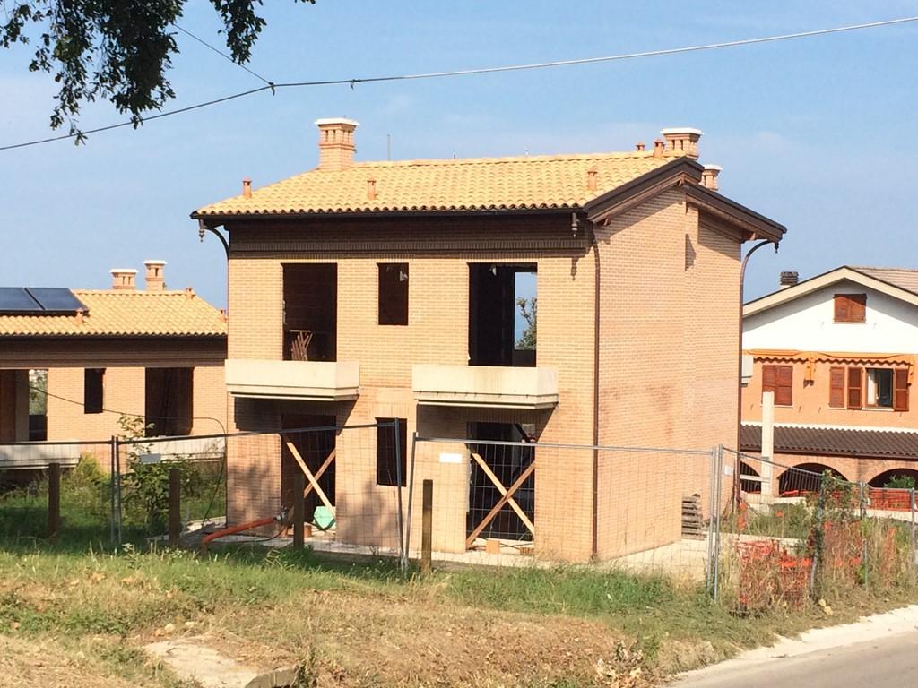 Villa in vendita a San Benedetto del Tronto, 6 locali, zona Località: zonaS.Lucia, prezzo € 380.000 | Cambio Casa.it