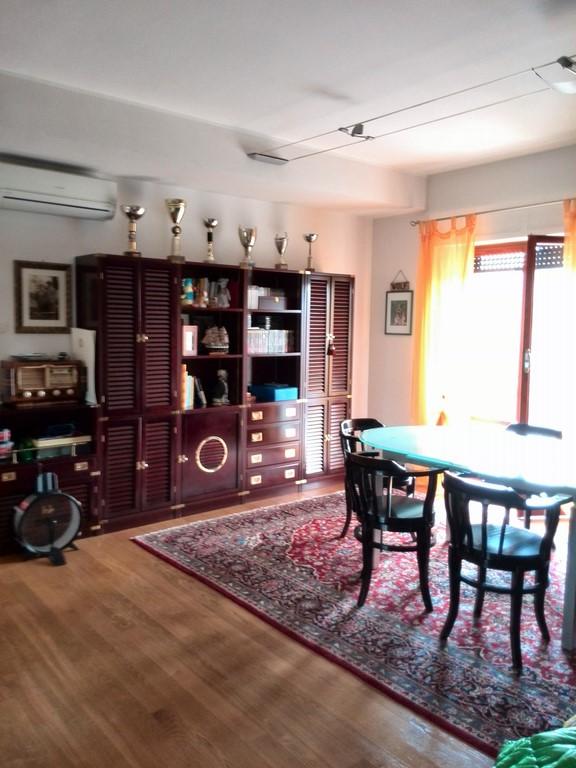 Appartamento in vendita a Offida, 3 locali, prezzo € 130.000 | Cambio Casa.it