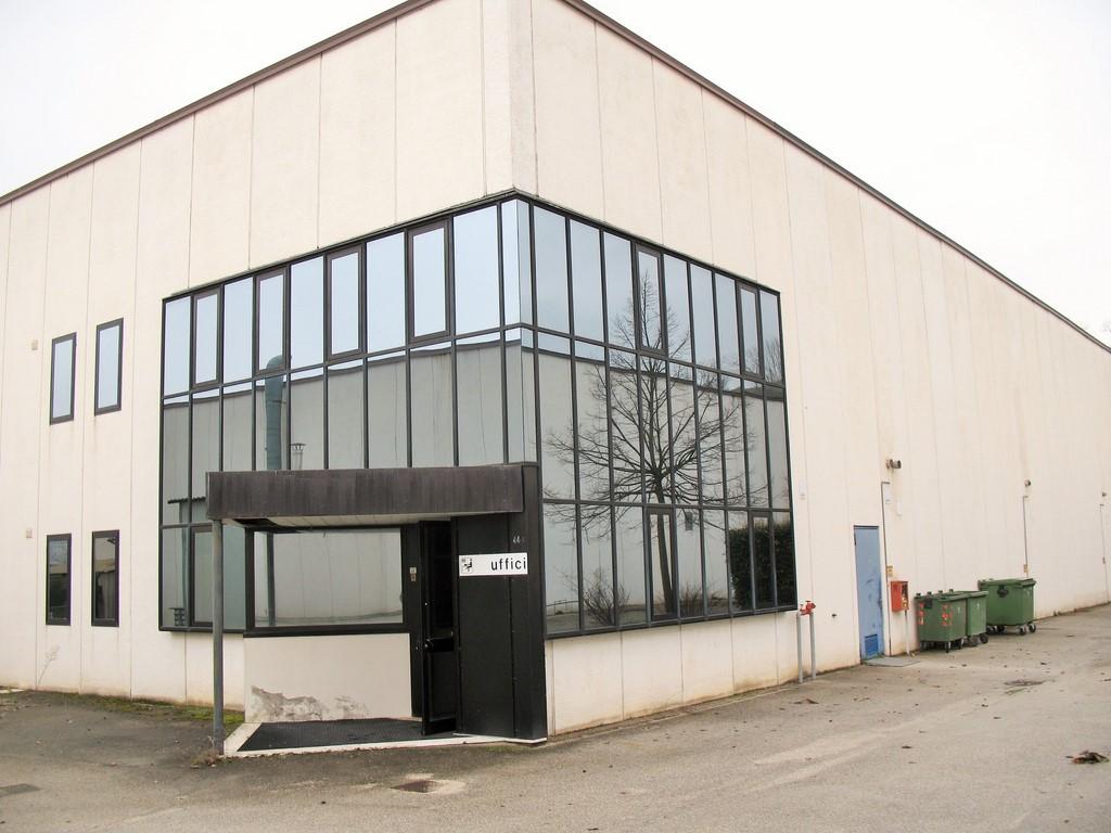 Capannone in vendita a Offida, 9999 locali, prezzo € 440.000 | Cambio Casa.it