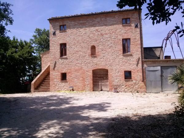 Rustico / Casale in Vendita a Montedinove