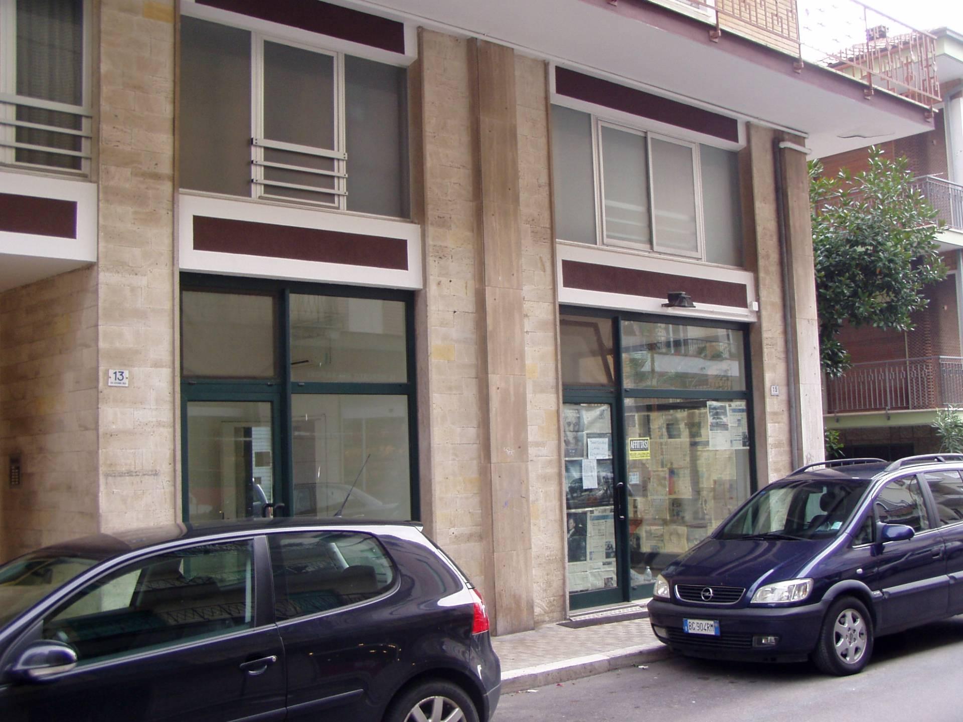 Negozio / Locale in affitto a San Benedetto del Tronto, 9999 locali, zona Località: ZonaCentrale, prezzo € 850 | Cambio Casa.it