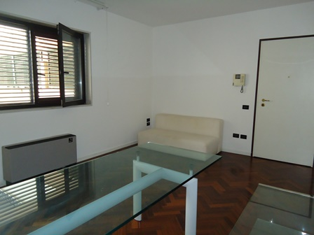 Bilocale Lecce Via Oberdan 3