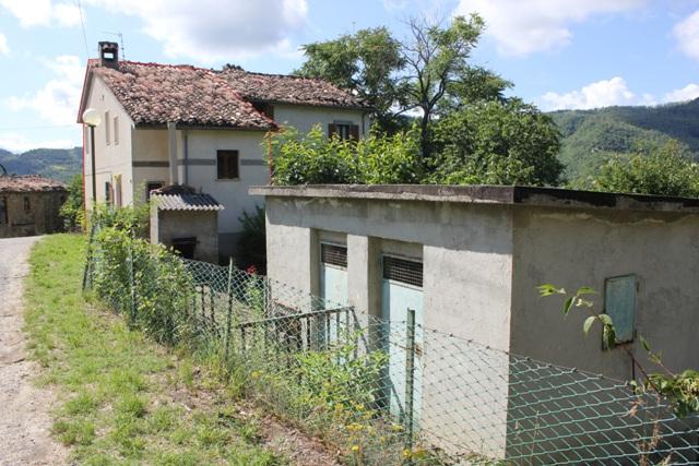 casa indipendente vendita roccafluvione ap - 6 locali