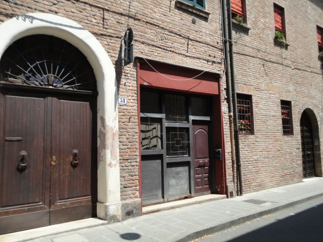 Bilocale Ferrara Via Borgo Di Sotto 10