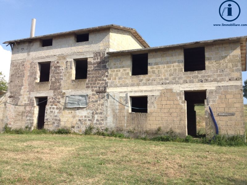 Villa in vendita a Caiazzo, 8 locali, prezzo € 350.000 | Cambio Casa.it