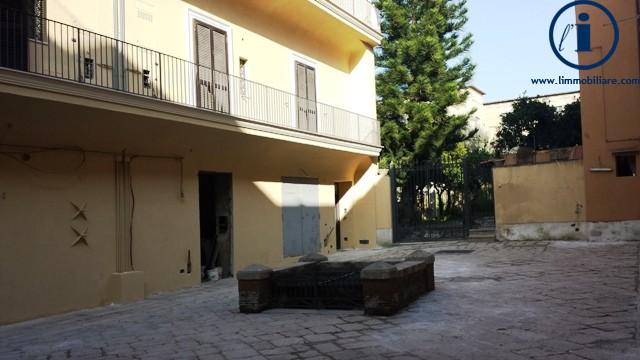 Bilocale Caserta Via Giovanbattista Vico 3