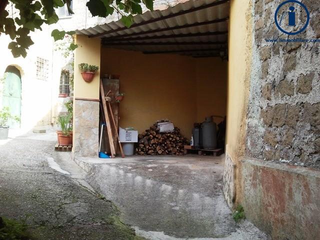Bilocale Castel Morrone Via San Vincenzo 10