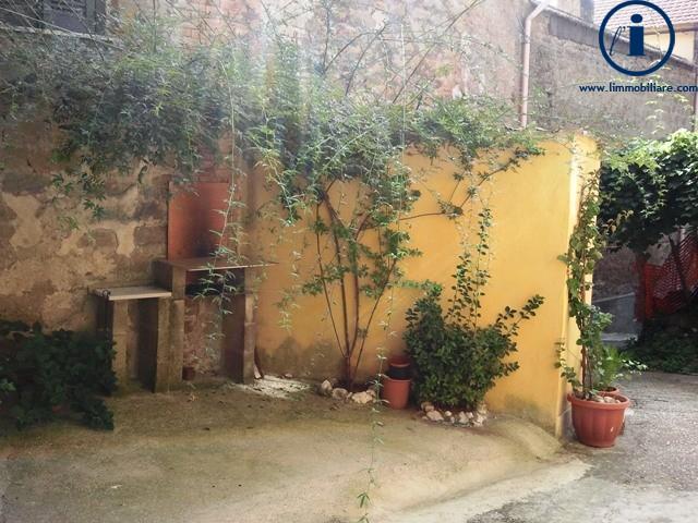 Bilocale Castel Morrone Via San Vincenzo 8