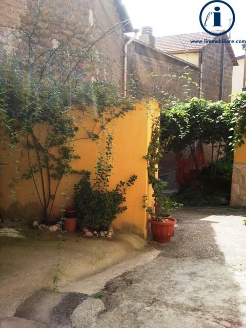 Bilocale Castel Morrone Via San Vincenzo 3