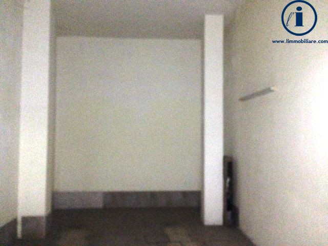 Box / Garage in vendita a Caserta, 1 locali, zona Zona: Tredici, prezzo € 40.000 | Cambio Casa.it