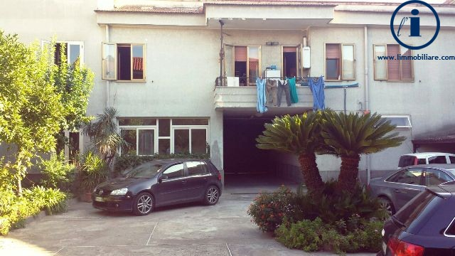 Soluzione Indipendente in vendita a San Cipriano d'Aversa, 5 locali, prezzo € 350.000 | Cambio Casa.it