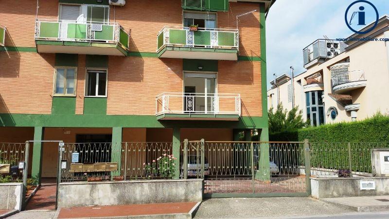 Appartamento in vendita a Casagiove, 3 locali, prezzo € 135.000 | Cambio Casa.it