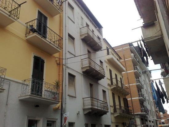 Casa Indipendente vendita SAN BENEDETTO DEL TRONTO (AP) - 3 LOCALI - 300 MQ