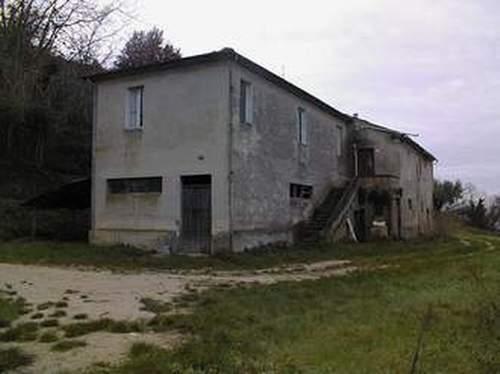 Rustico / Casale in Vendita a Campofilone