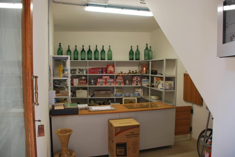 Negozio / Locale in affitto a Monsampolo del Tronto, 9999 locali, prezzo € 150 | Cambio Casa.it
