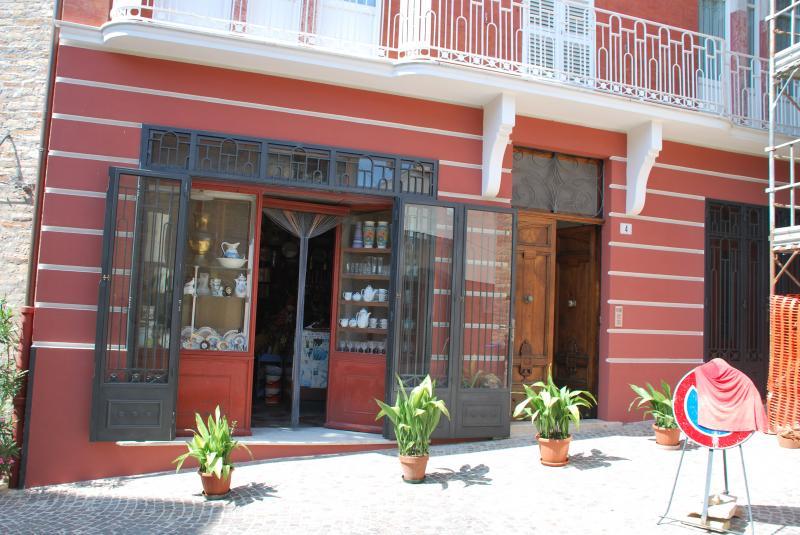 Negozio / Locale in affitto a Monsampolo del Tronto, 9999 locali, prezzo € 400 | Cambio Casa.it