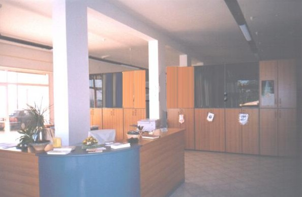 Negozio / Locale in affitto a Castorano, 9999 locali, prezzo € 165.000 | Cambio Casa.it