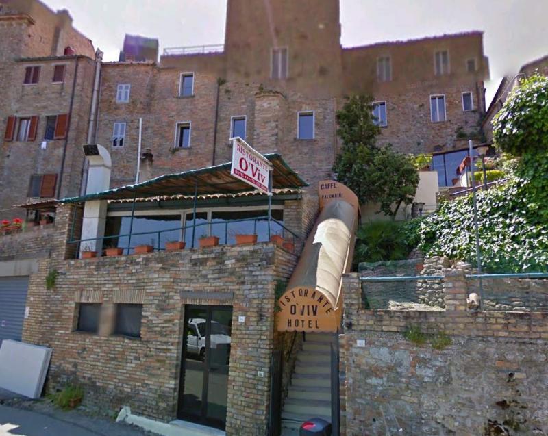 Albergo in Vendita a Acquaviva Picena