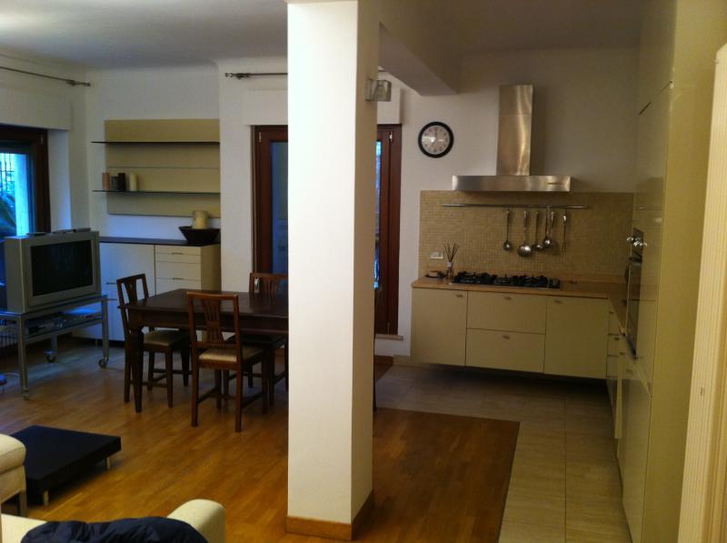 Appartamento in vendita a San Benedetto del Tronto, 3 locali, prezzo € 210.000   CambioCasa.it