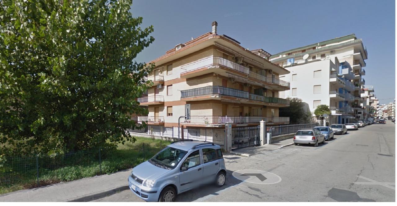 Appartamento vendita SAN BENEDETTO DEL TRONTO (AP) - 4 LOCALI - 62 MQ